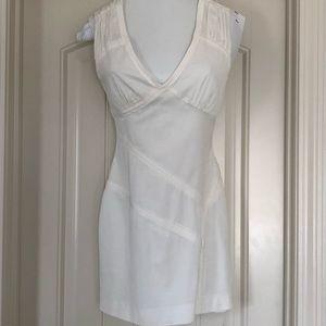 Bebe off white v-neck mini dress size 4